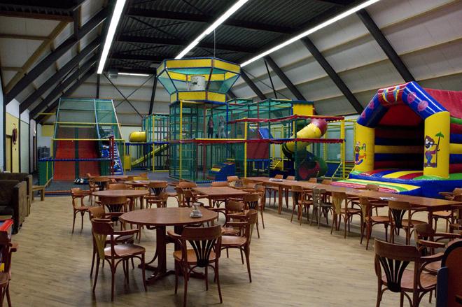 hoogtepunten van de kinderen: indoor speelparadijs