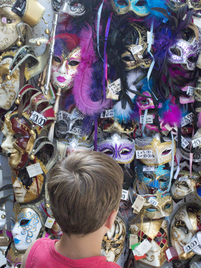 Doen met kinderen in venetië: maskers
