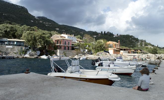 Reisverslag Corfu - haventje Nissaki
