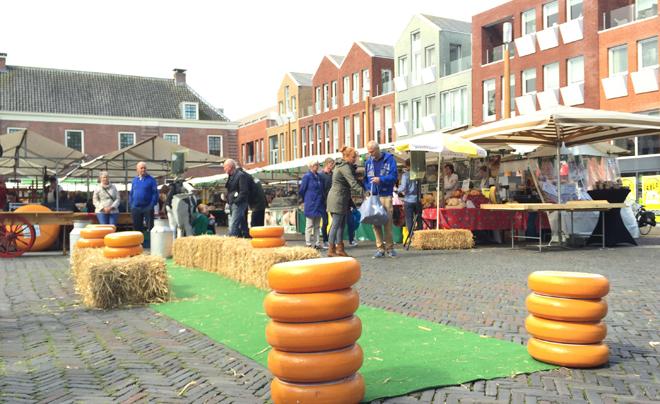 Kaasmarkt van Woerden 01