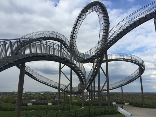 Achtbaan Tiger and Turtle in Duisburg 04