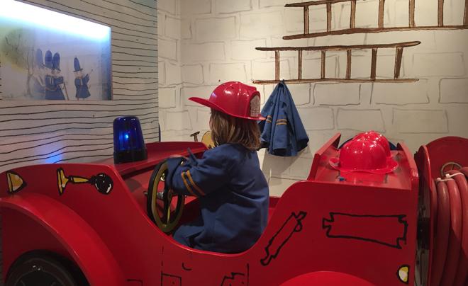 met kinderen naar het Kinderboekenmuseum in Den Haag 10