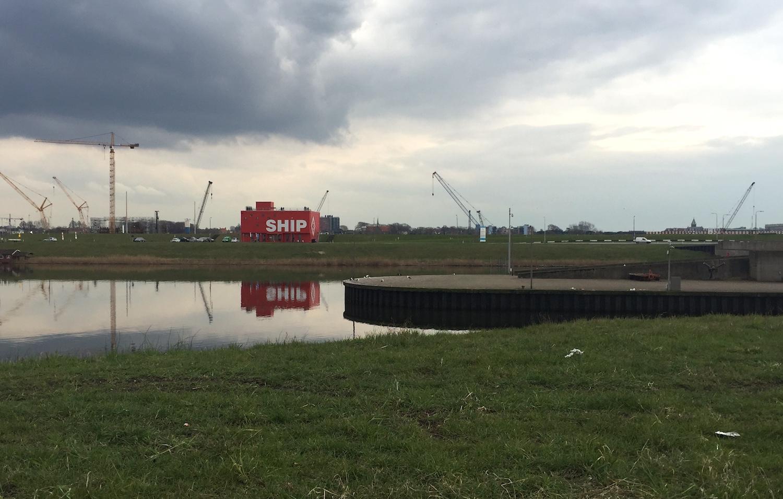 SHIP in het havengebied van IJmuiden 20