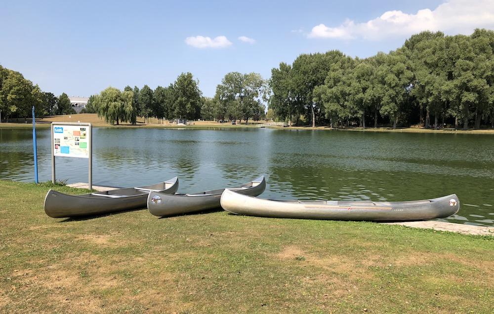 kanoën in het Rotterdamse Zuiderpark 10