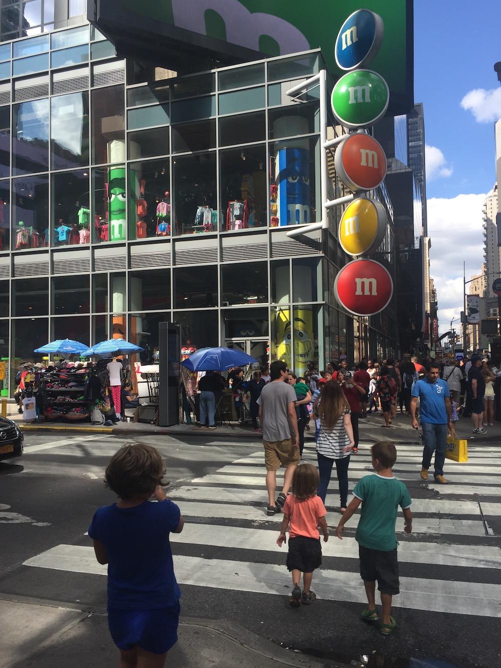 Doen in New York met kinderen - M&M-store 01