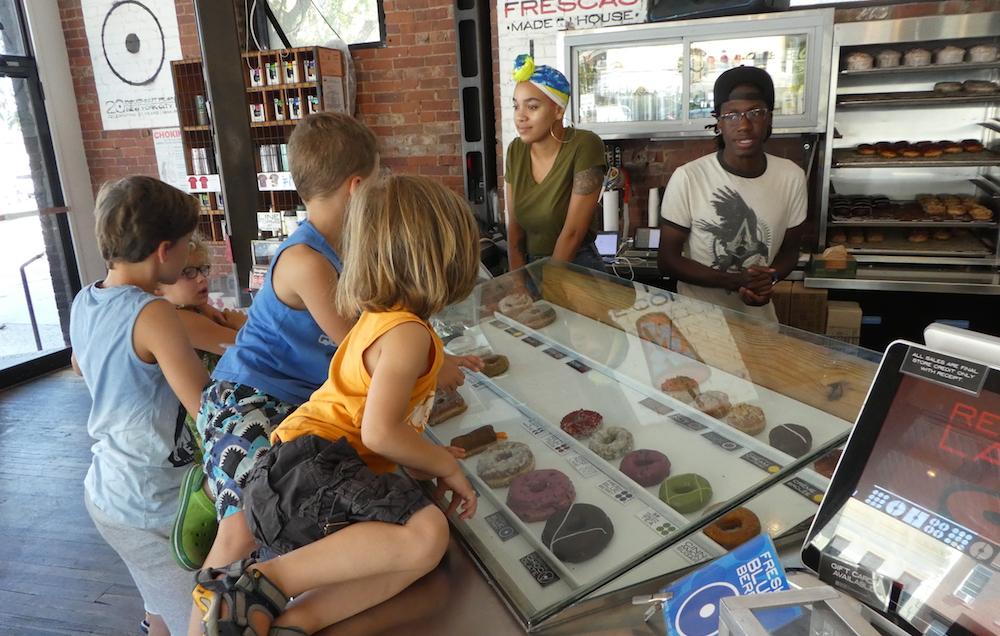 Doen in New York met kinderen - Doughnut Plant 02