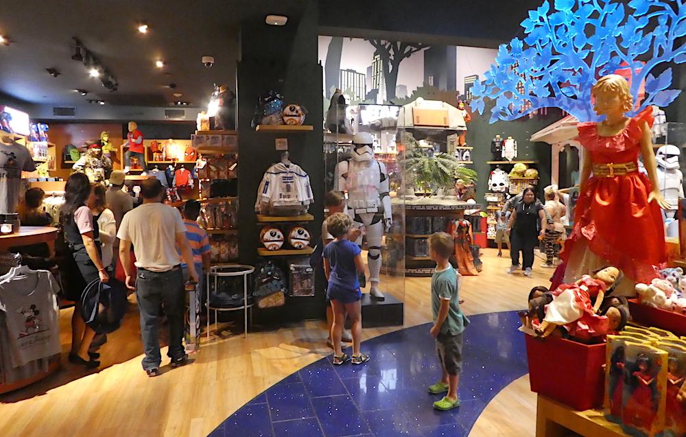 Doen in New York met kinderen - Disney Store