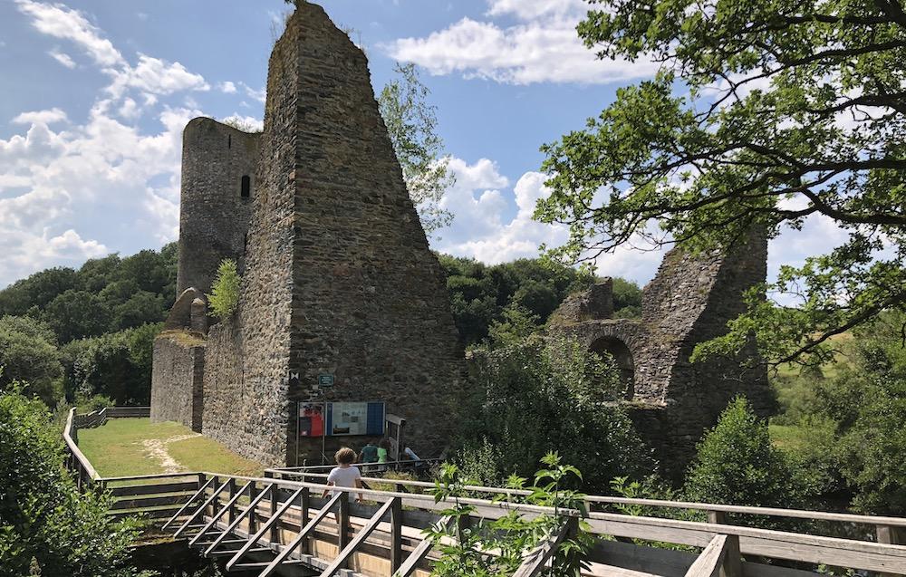 Burg Baldenau 01