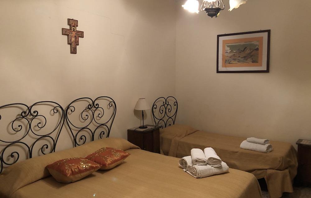 Casa Vacanze Caccamo 02