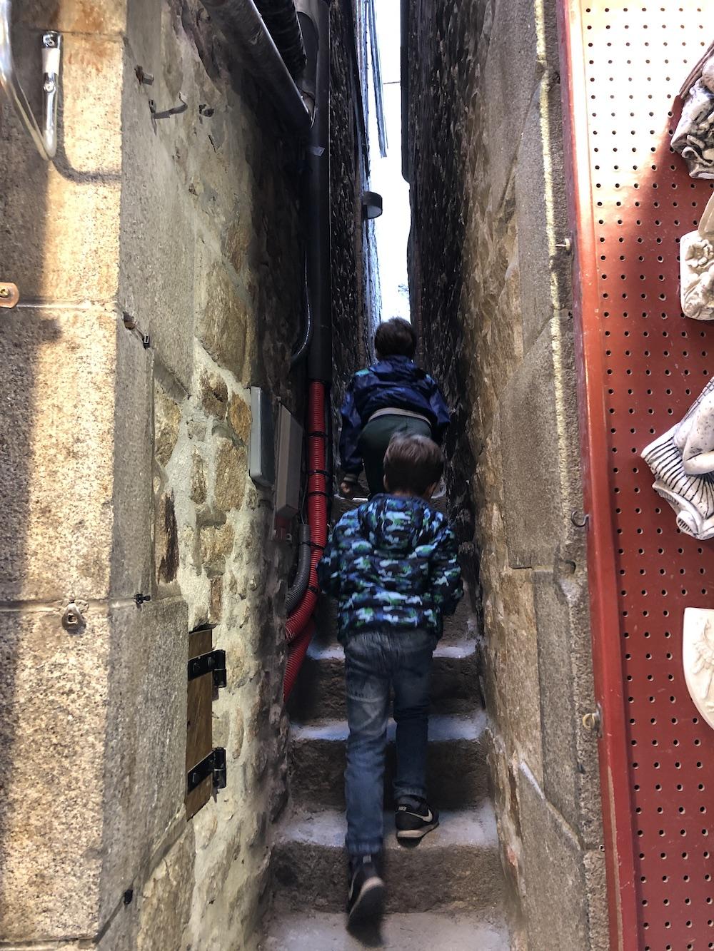 bezoek aan Mont Saint-Michel met kinderen 05