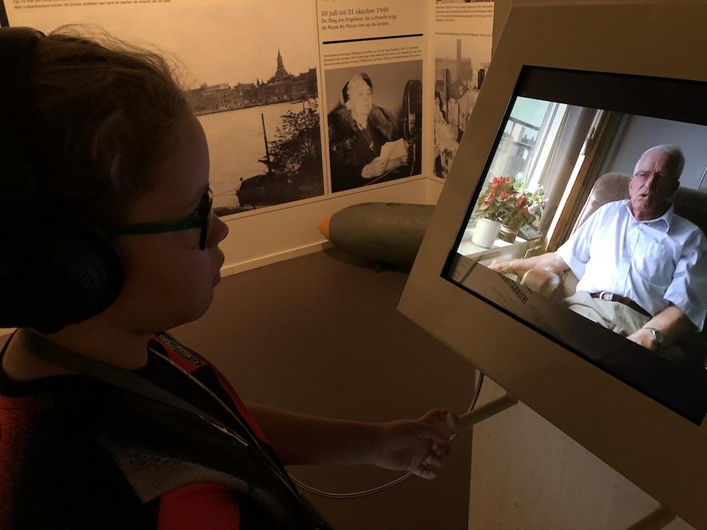 Met kinderen naar Museum 40-45 in Rotterdam 05
