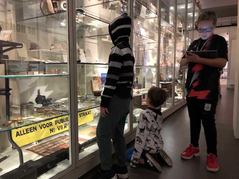 Met kinderen naar Museum 40-45 in Rotterdam 07
